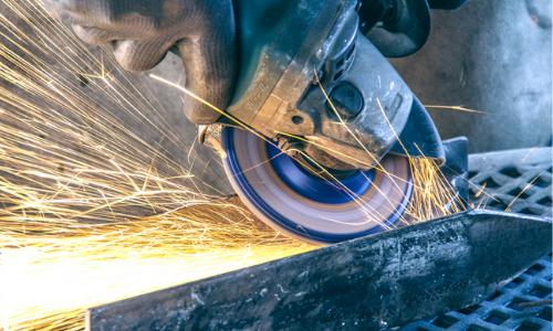 Quel outil utiliser pour couper du métal?